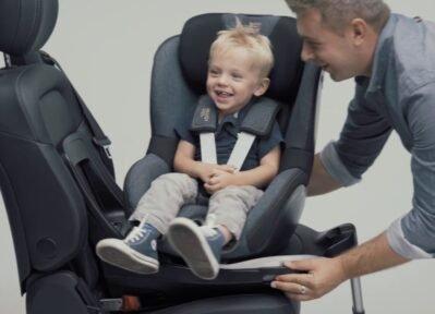 cadeira de carro bebê e criança